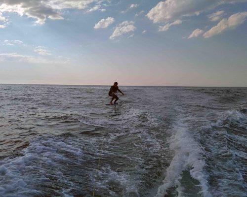 surf foil vagues