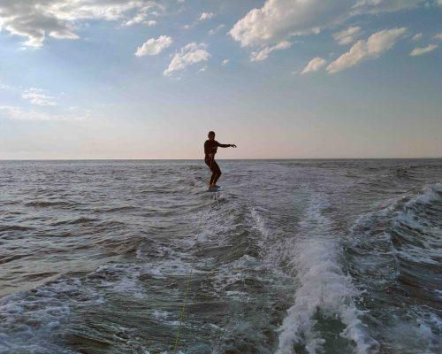 cours surf foil simulateur bateau